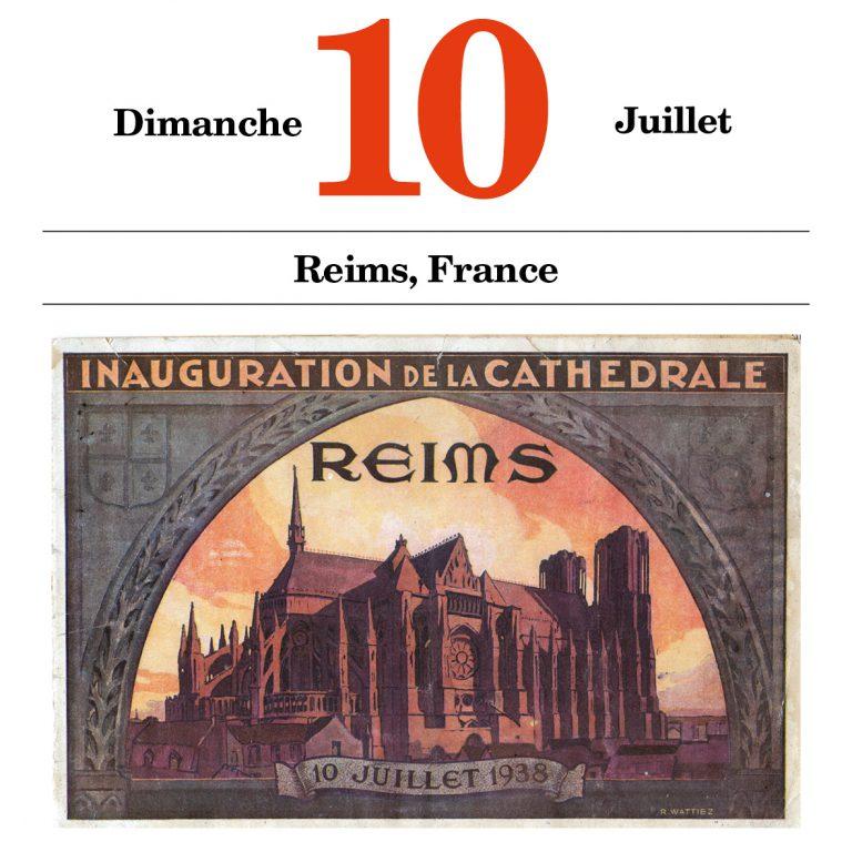 Programmheft für die Einweihung der Kathedrale Die gotische Kathedrale Notre-Dame ist im Ersten Weltkrieg durch deutschen Artilleriebeschuss schwer beschädigt worden. Nach fast zwanzigjährigen Restaurierungsarbeiten wird sie in Anwesenheit zahlreicher Prominenter aus Klerus und Politik wieder eingeweiht. Imprimerie du Nord-Est, Reims