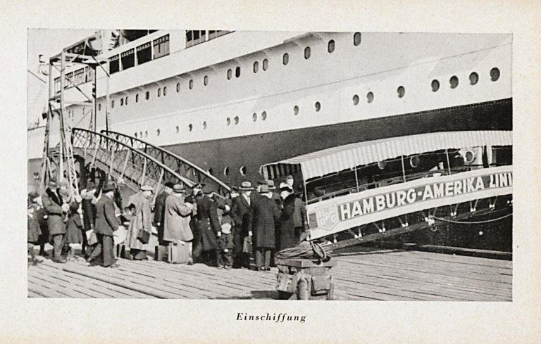 Einschiffung auf der St. Louis in Hamburg, 13. Mai 1939 Gustav Schröder, Heimatlos auf hoher See, Berlin 1949 / Jürgen Glaevecke, Hamburg