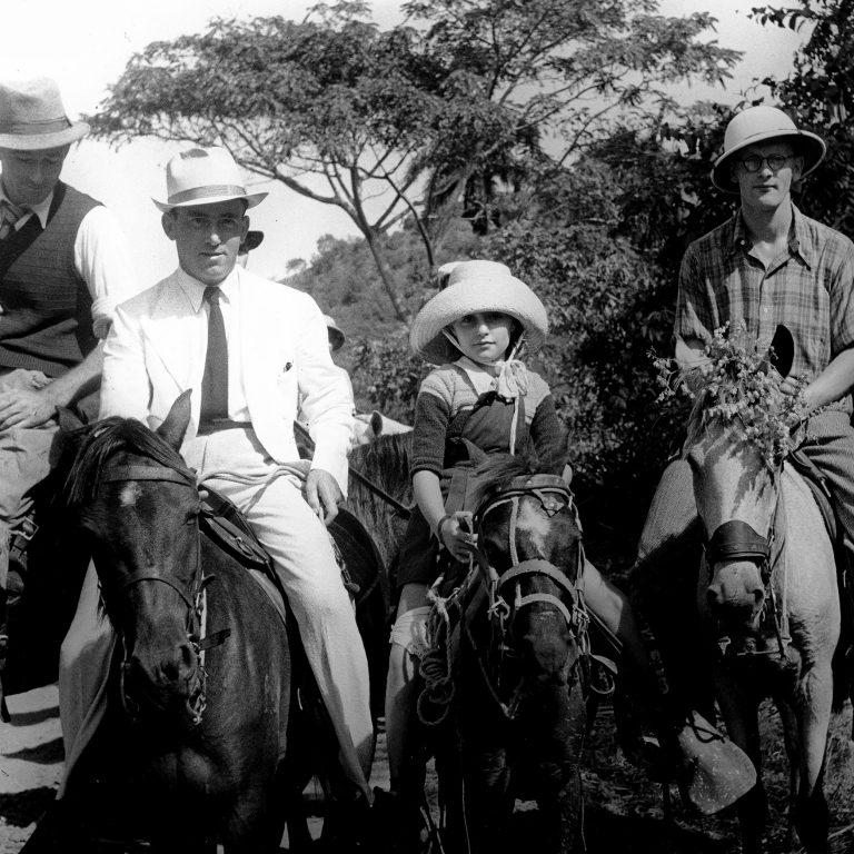 Sosúa settlers, 1940 / Photo: Dr. Kurt Schnitzer, Photo Conrado, American Jewish Joint Distribution Committee Archives, New York, NY