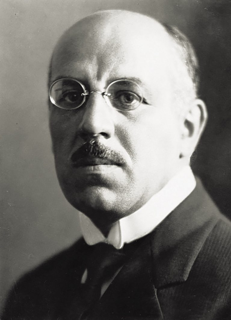 Joseph Louis Anne Avenol, ca. 1930 The French diplomat Avenol, General Secretary of the League of Nations since 1932, reacts to Germany's annexation of Austria only by removing the latter from the list of League members and dismissing its representatives to the body. Later he tolerates the German attack on Poland and ultimately, in 1940, offers his services to the French collaboration government in Vichy. United Nations Archives, Genf
