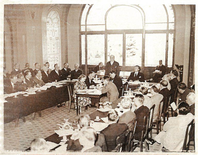 Erste öffentliche Sitzung der Konferenz mit Eröffnungsansprache Senator Bérengers, 6. Juli 1938 Archives Nationales, Paris, 11 AR/800