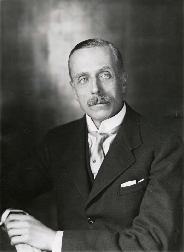 Edward Turnour, 6th Earl Winterton, undatiert Foto: Elliott & Fry / National Portrait Gallery, London