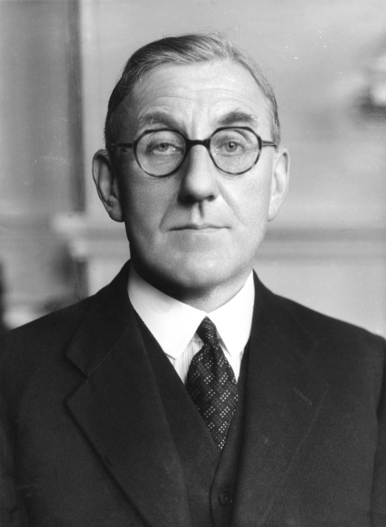 Sir John Evelyn Shuckburgh, 1939 Foto: Bassano Ltd. / National Portrait Gallery, London