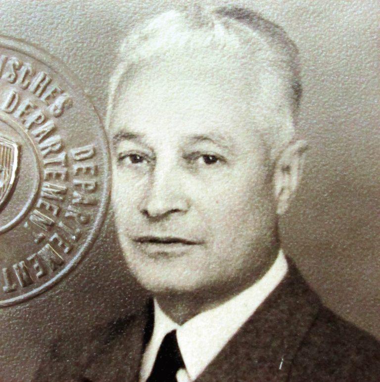 Fernando Garcia Oldini in den 1950er-Jahren als Gesandter in Bern Schweizerisches Bundesarchiv, Bern, E2001E#197884#2275