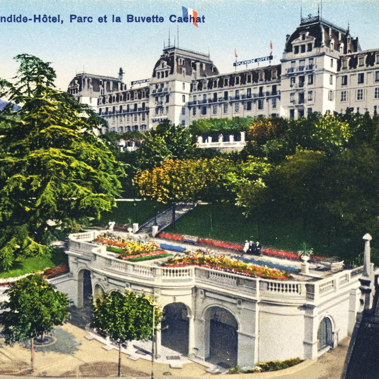 Hotel Splendide and Cachat Refreshment Hall, around 1919 / Phototypie Co., Neuchatel
