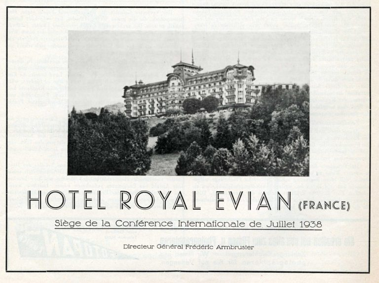 "Advertisement promoting the Hotel Royal as the ""venue for the international conference of July 1938"" The 1938 Refugee Conference establishes Évian as a site for high-level international meetings. At later conferences in Évian – in May 1961 and March 1962 – France and the Algerian National Liberation Front agree on a ceasefire and on Algeria's independence. In early June 2003, the Évian Summit of the eight most important industrial nations takes place. Jüdische Presszentrale Zürich, No. 999/1000 / Archiv für Zeitgeschichte / ETH Zürich"