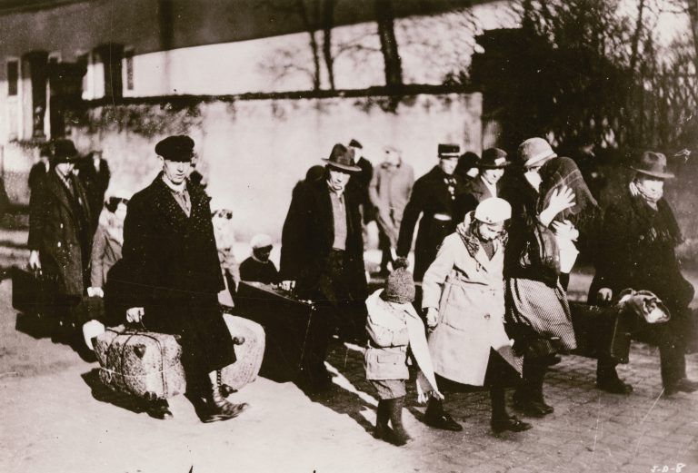 Arrival of Jewish refugees in France, Metz, 1936 After 37,000 Jews flee Germany in 1933, the following years see an annual emigration between 21,000 and 25,000. In the first half of 1938, 14,000 Jews leave. Many of them cross into the Netherlands, France, and Switzerland. American Jewish Joint Distribution Committee Archives, New York, NY